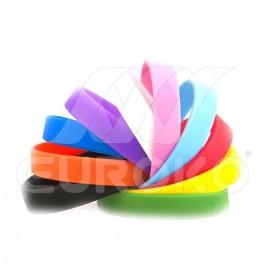 Egyszínű szilikon karkötő felirat nélkül