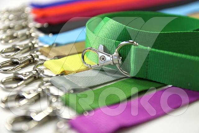 egyszínű nyakpántok